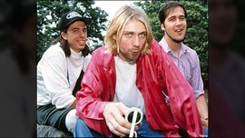 Enam Helai Rambut Kurt Cobain Laku Dilelang Rp200 Juta