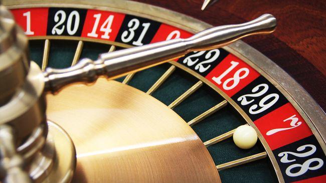Pemerintah Jepang sedang menimbang pembukaan komplek kasino di Osaka. Saat ini jutaan penduduknya mengalami masalah hidup akibat judi.