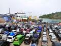Pelabuhan Merak Mulai Dipadati Penumpang dan Kendaraan