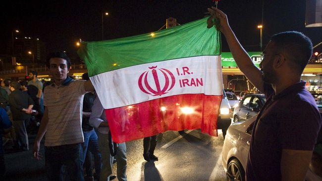 Keputusan itu dilaporkan merupakan perintah dari Dewan Pertahanan Nasional Iran. Akan tetapi kebijakan ini belum disampaikan secara resmi.