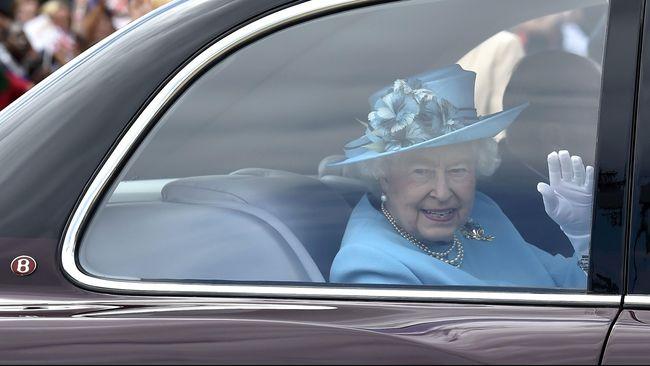 Ratu Inggris Elizabeth dikenal suka melancong. Hingga saat ini ia telah mengunjungi 116 negara.