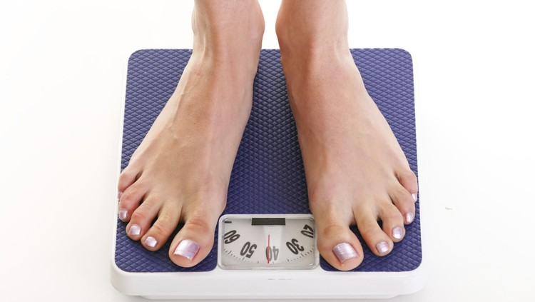 Menyusui disebut bisa membantu membakar kalori. Tapi kok dirasa tubuh ini justru makin gemuk ya?
