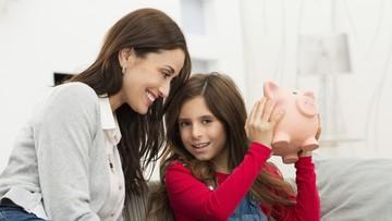 Ngobrolin Investasi buat Anak Bareng Pakarnya Yuk, Bun
