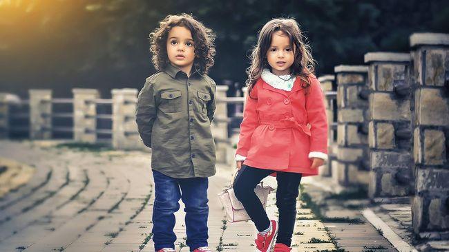 Ilustrasi Model Pakaian Anak anak