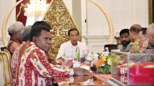 Surat yang berkali-kali dikirim Sinode GKI Papua ke pemerintah pusat tak pernah dijawab. Mereka berharap dialog bisa mengakhiri konflik.