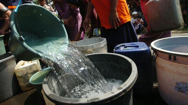 Pipa PDAM Pecah, Pasokan Air Bersih di Bandung Terganggu