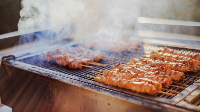 Di berbagai belahan dunia, ada banyak kuliner yang disajikan dari bahan-bahan daging kurban saat Idul Adha.