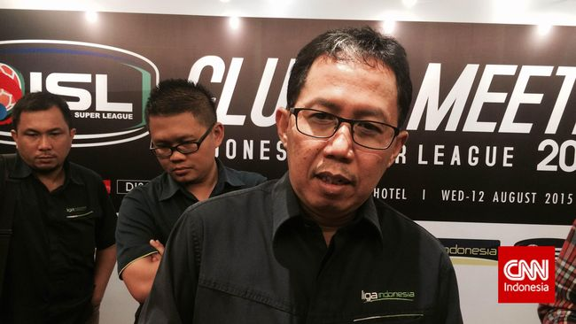 PT Liga Indonesia memberikan tiga opsi kepada 18 klub peserta Liga Super Indonesia (ISL) terkait dengan manajemen finansial tim sepak bola di Indonesia.