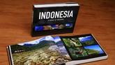 Sembilan tahun berkelana, Ebbie merangkum ribuan imaji hasil bidikannya dalam buku Indonesia, A World of Treasures.