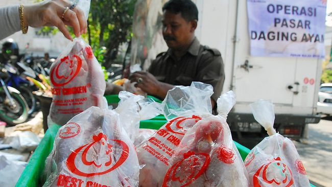 Operasi pasar bakal digelar Polda Metro Jaya dan Pemerintah Provinsi DKI Jakarta di sejumlah pemukiman padat menjelang hari raya natal dan tahun baru 2018.