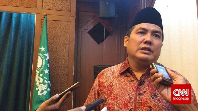 Terkait perbandingan Nabi Muhammad dan Bung Karno, Sekjen PBNU minta Sukmawati berhati-hati mengeluarkan pernyataan agar tak jadi konflik di tengah masyarakat.