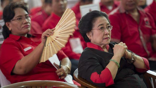 Presiden ke-5 Megawati Soekarnoputri menilai ada catatan sejarah yang hilang pada periode 1965 lewat politik desukarnoisasi setelah Indonesia dikuasai Soeharto.