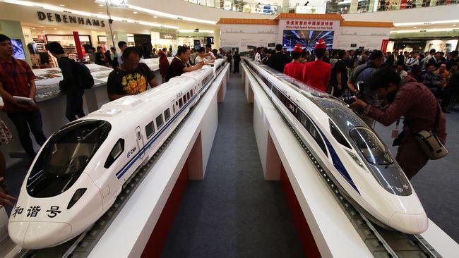 Pembebasan lahan untuk pembangunan Proyek Kereta Cepat Jakarta-Bandung di Karawang sudah mencapai 80 persen dari target.