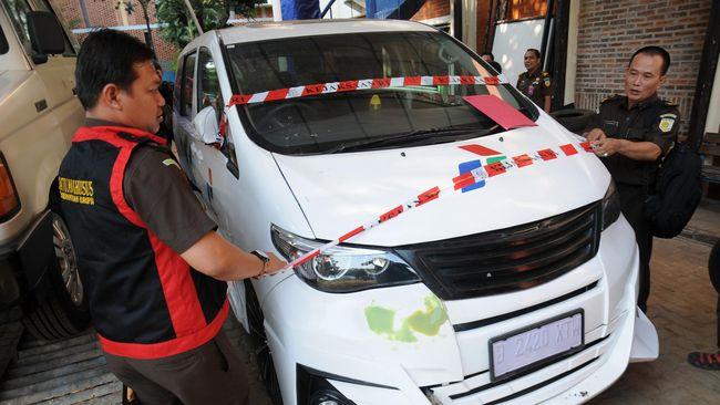 Berkas Tersangka Korupsi Mobil Listrik Telah P-21
