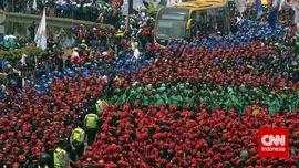 Ratusan Buruh di Kabupaten Bandung Terancam PHK