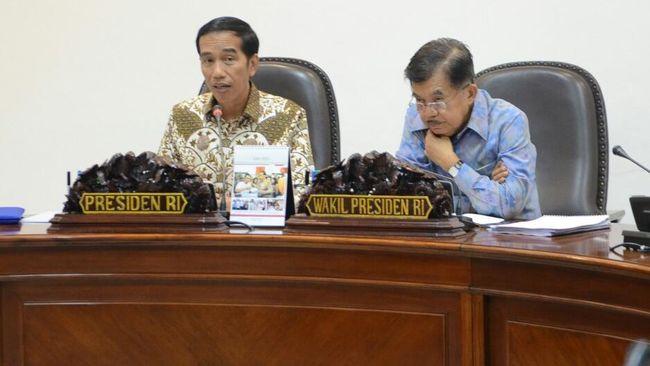 Wakil Ketua Umum Partai Demokrat Syarief Hasan meminta Presiden Joko Widodo dan Jusuf Kalla tak mengabaikan masalah kesenjangan dan kemiskinan.