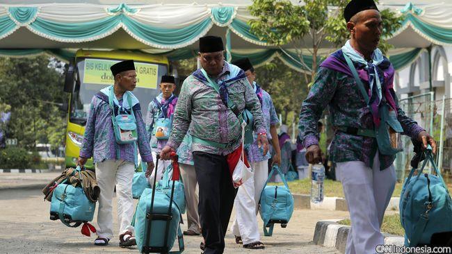 Kementerian Agama sejauh ini mencatat ada 127 calon jemaah Indonesia yang telah mengajukan penarikan kembali uang biaya haji lantaran batal berangkat tahun ini.