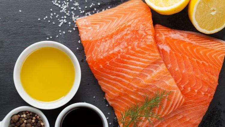 Selain salmon, nyatanya banyak pilihan ikan yang nutrisinya baik buat perkembangan anak. Dengan harga yang lebih terjangkau pastinya, Bun.