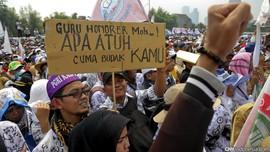 Kasus Guru Dipecat, Nadiem Diminta 'Gercep' Urus Honorer