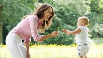 Bun, Yuk Fokus pada Tumbuh Kembang Anak Kita, Bukan Anak Lain