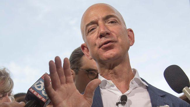 Arab Saudi membantah menyadap ponsel Direktur Eksekutif Amazon, Jeff Bezos, dan membocorkannya kepada majalah National Enquirer.