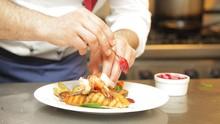 Makan di Resto, Presiden Austria Minta Maaf Langgar Lockdown
