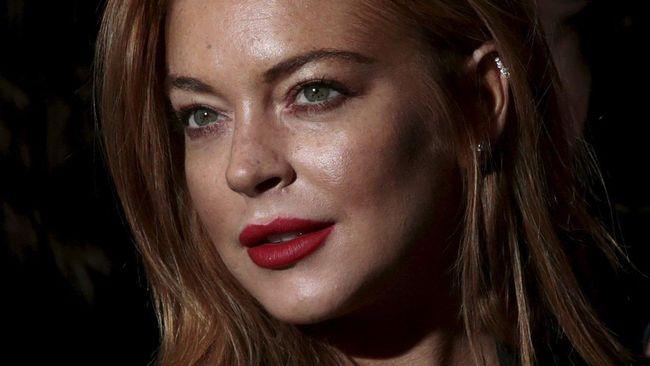 Lindsay Lohan tampaknya kini benar-benar jadi orang yang baru. Ia mengaku tak lagi suka pesta dan kesal masih dianggap 'tukang dugem'.