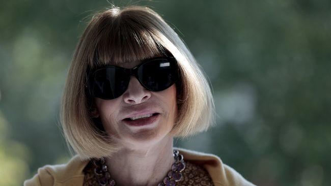 Anna Wintour dikenal punya tampilan ikonik dengan kacamata hitamnya. Apa alasan dia memakai kacamata hitam itu?