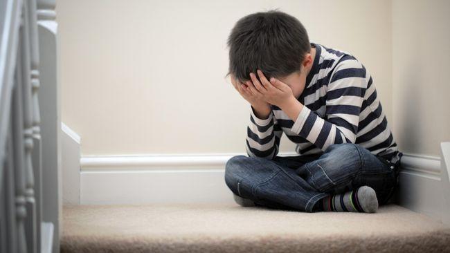 Tanpa Anda sadari, orang tua bisa menjadi penyebab depresi pada anak. Apa yang harus dilakukan untuk memulihkan jiwa anak yang terlanjur sakit?
