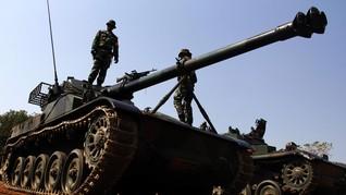 TNI Bantah Buru Penyebar Video Tank Seruduk Gerobak dan Motor