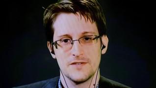 Snowden Turut Komentari Skandal Pencurian Data Facebook