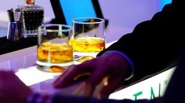 Spanyol Buka Bar Pertama Untuk Minum Sekaligus Tidur