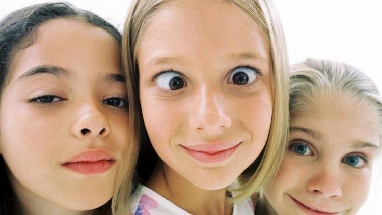 Untuk memenuhi kebutuhan vitamin A guna menjaga kesehatan mata anak, seberapa perlu si kecil konsumsi suplemen vitamin A?