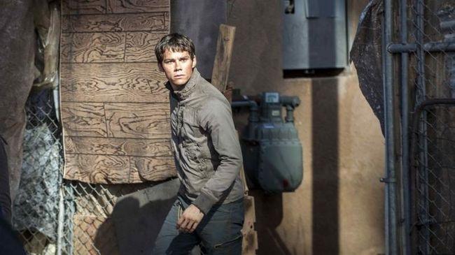 Cuplikan perdana seri ketiga 'The Maze Runner' dirilis Minggu (24/9). Klip itu menampilkan Thomas dkk yang mencoba kembali ke labirin tempat mereka dikurung.