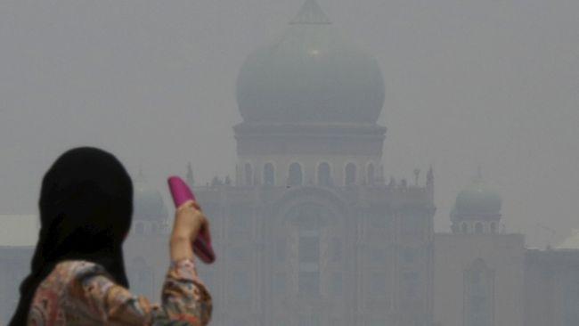 Malaysia menyatakan ada kemungkinan besar kabut asap akibat karhutla dari Sumatera tetap terjadi pada pekan ini.