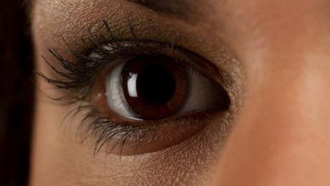 Kaum Muda Waspadai Katarak Akibat Paparan Sinar UV