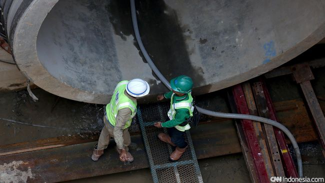 Pemerintah menargetkan proyek Sodetan Sungai Ciliwung-Kanal Banjir Timur (KBT) selesai pada kuartal III 2022 sebagai upaya pengendalian banjir di DKI Jakarta.
