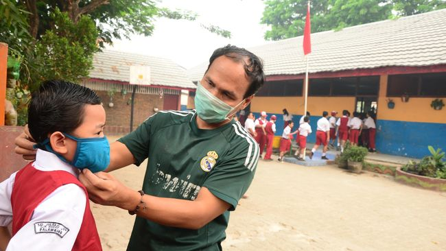 Kota Palembang menjadi daerah paling tinggi jumlah penderita ISPA dengan 80.162 orang.