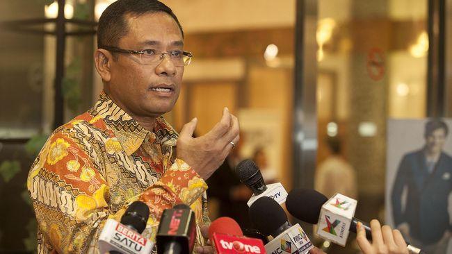 Menteri Perindustrian Saleh Husin menuturkan, agar pembangunan KEK tidak hanya terpusat di kawasan barat Indonesia saja, terutama Pulau Jawa.