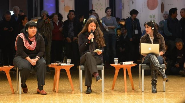 Diskusi penulis Leila S. Chudori dan Laksmi Pamuntjak yang pernah menulis novel berlatar 1965, merembet ke isu rekonsiliasi.