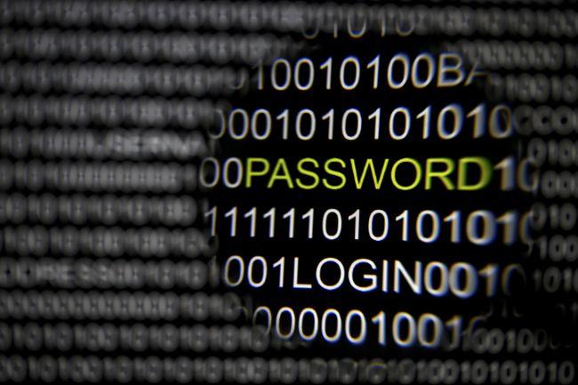 RUU Kamtansiber dikhawatirkan bisa membuat ramalan Orwell jadi nyata: seluruh gerak-gerik Anda di dunia siber akan dipantau pemerintah.