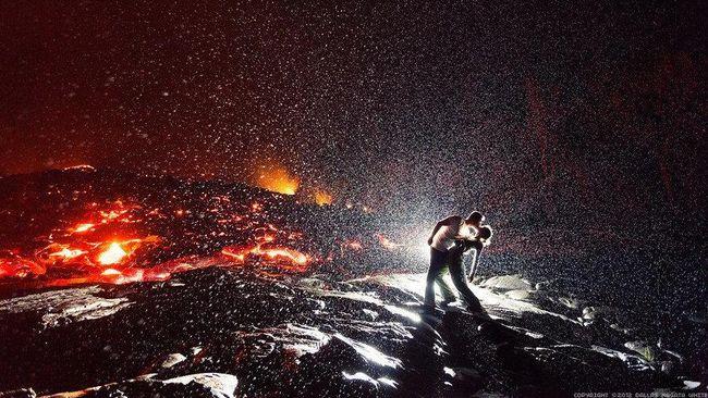 Kisah Romantis Di Balik Foto Ciuman Terpanas