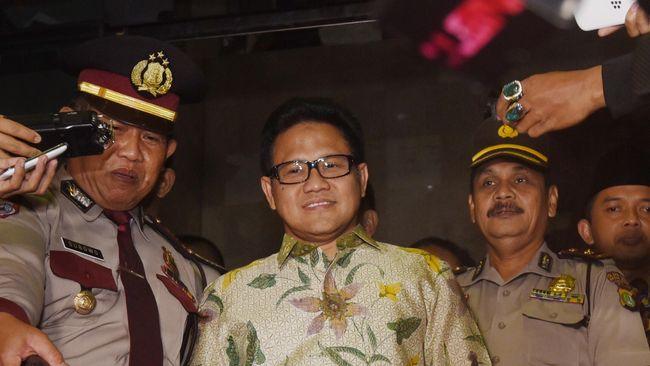 Menurut Muhaimin Iskandar, isu rencana pembelian 5.000 senjata oleh institusi bukan militer dapat memicu keresahan di masyarakat.