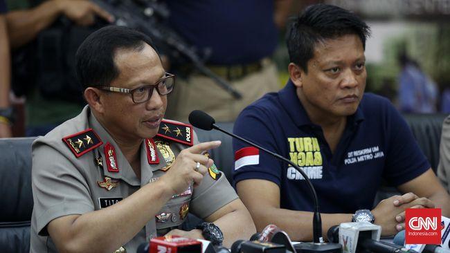 Pemanggilan Nadiem Makarim sebagai bagian dari upaya penyidik Polda Metro Jaya melengkapi informasi yang dibutuhkan dalam mencari tahu pelaku penembakan kantor.
