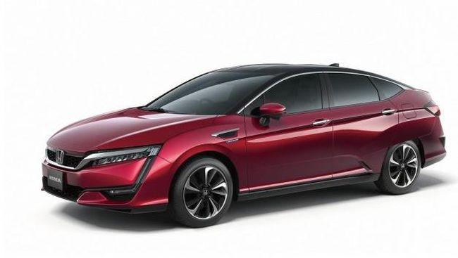Jarak Tempuh Mobil Listrik Pendek, Honda 'Kubur' Clarity