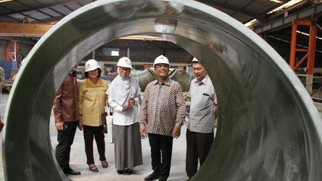 Pemerintah tengah menyiapkan insentif khusus agar enam industri prioritas nasional mau mengembangkan sayapnya ke Indonesia bagian Timur.