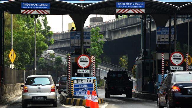 Terhitung hari ini, Jumat (8/12), PT Jasa Marga (Persero) Tbk menerapkan kebijakan penyesuaian tarif di lima ruas tol Jasa Marga.