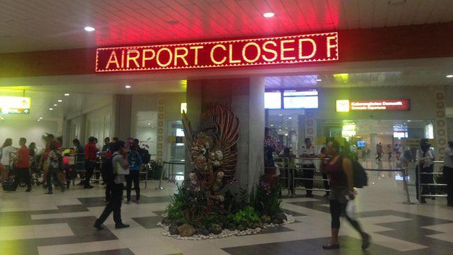 PT Angkasa Pura I menginformasikan bahwa terminal domestik Bandara I Gusti Ngurah Rai, Bali pada pukul 16.45 WITA terbakar.