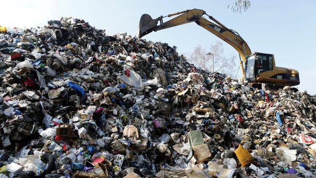 Kota Ashdod di Israel sukses menerapkan program pemisahan sampah sehingga memudahkan pembuangan, sementara Jepang memiliki proses pemilahan yang rumit.