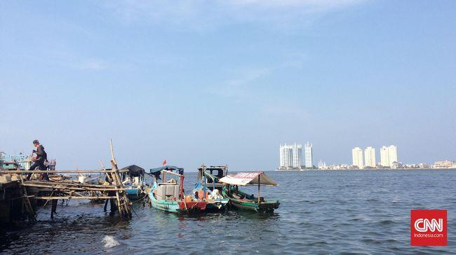 Jika proyek reklamasi Pulau G yang digarap PT Muara Wisesa Samudera selesai, Pulung dan 11 kawannya tak dapat lagi menyandarkan perahu di sisi barat Green Bay.